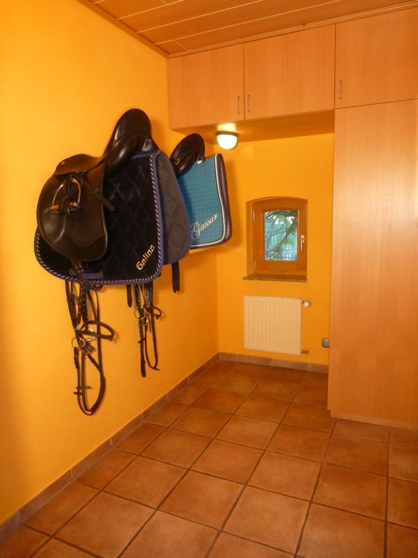 Garderobe mit Sattelkammer